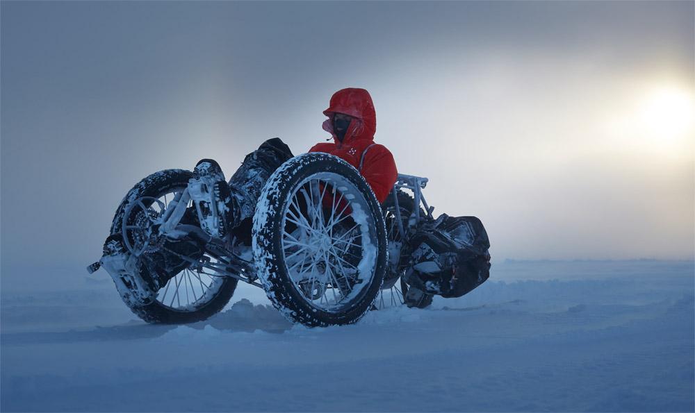 s kolesom na južni pol